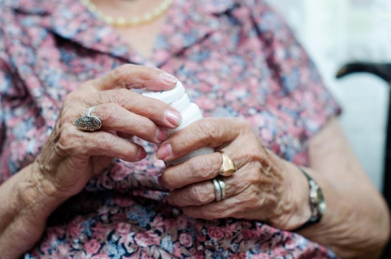 bejaarden-medicijnen-shutterstock