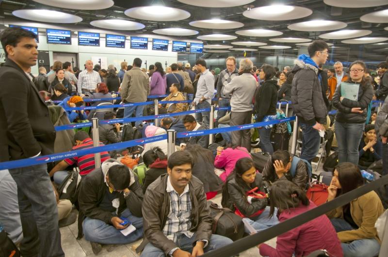 Massaschade-grote-vertragingen-op-Heathrow