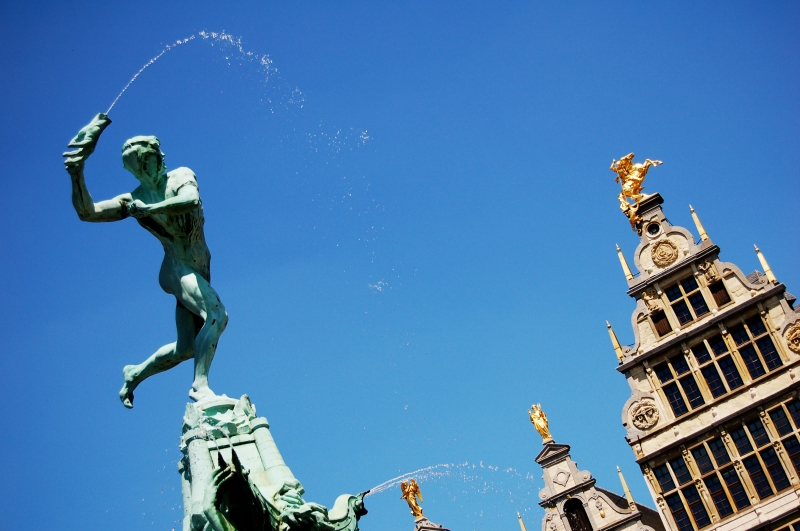 Brabofontein_van_Jef_Lambeaux_in_Antwerpen